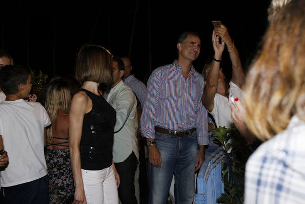 Queen Letizia  and King Felipe attended a Jaume Anglada concert in Palma de Mallorca