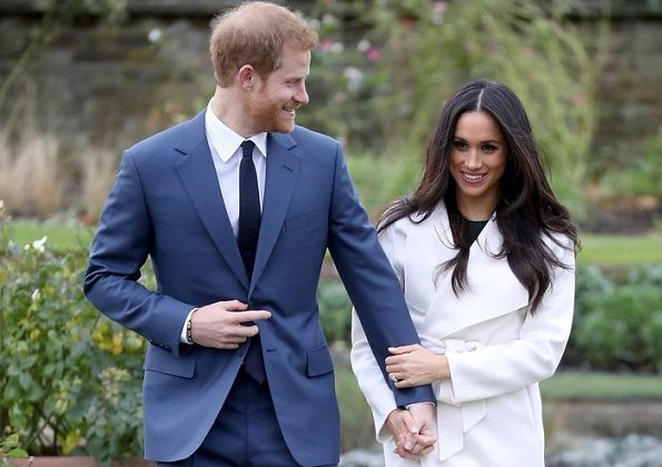 Prince Harry and Ms. Meghan Markle got engaged in early November. Meghan Markle' white coat and beige pumps