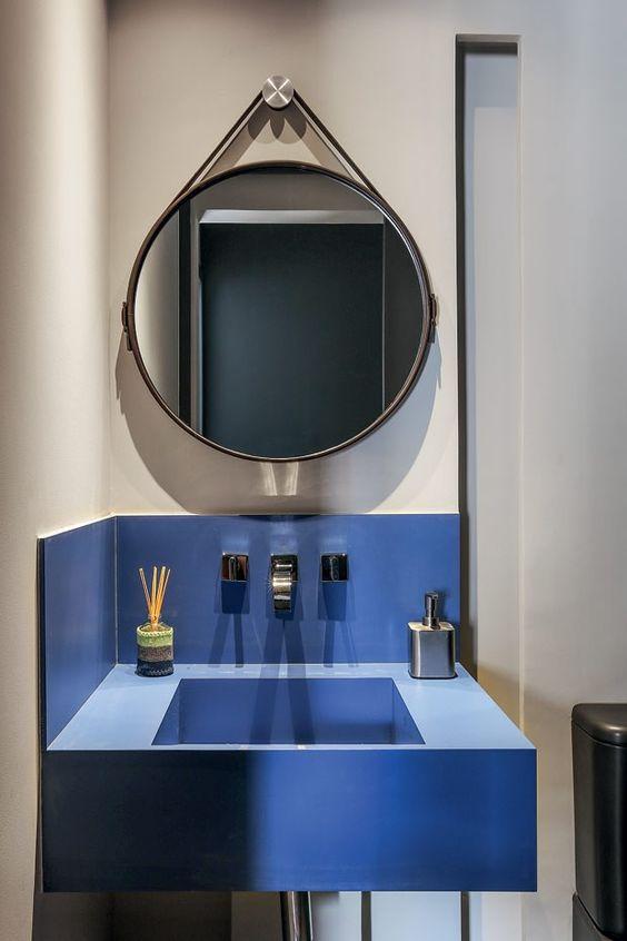 Decorao banheiros e lavabos com espelhos redondos