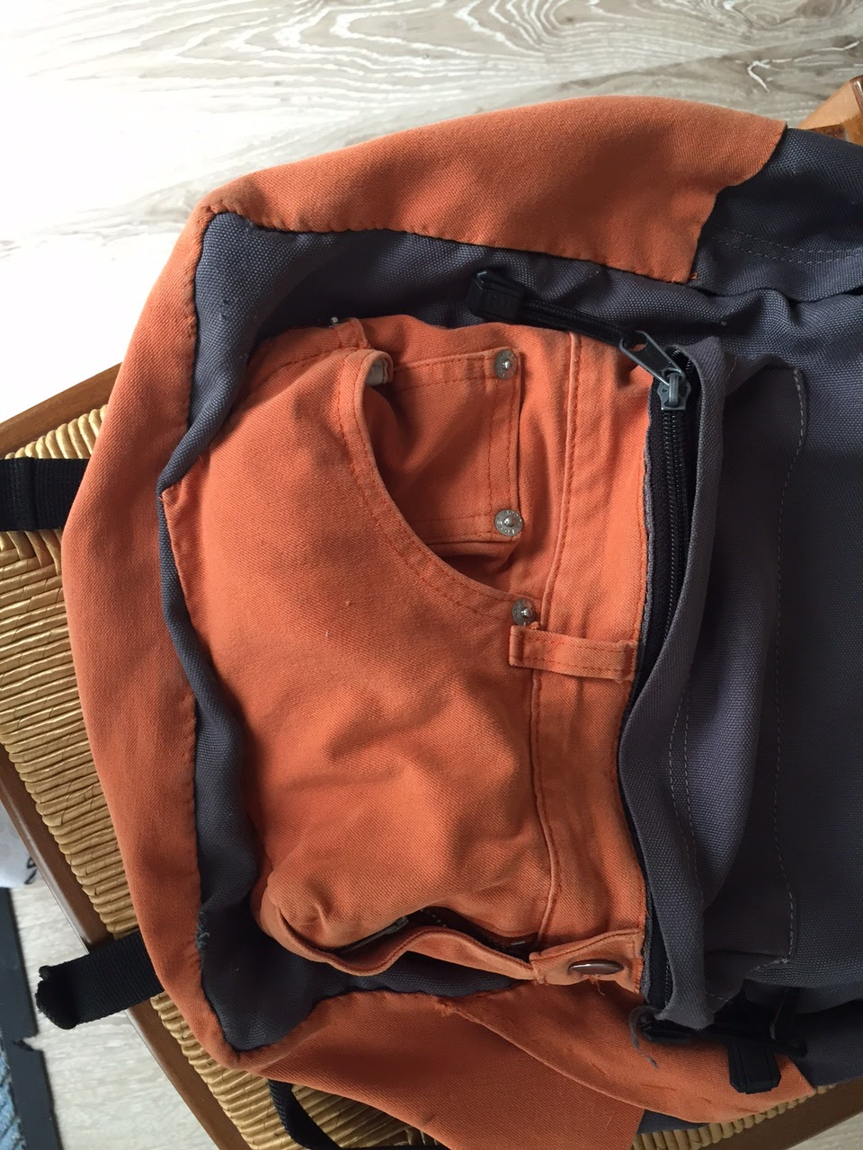 cr er pour grandir sacs a dos customis s. Black Bedroom Furniture Sets. Home Design Ideas