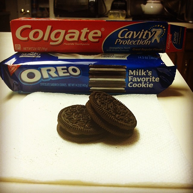 Fill Oreos with white toothpaste