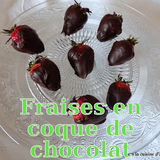 http://danslacuisinedhilary.blogspot.fr/2014/07/fraises-en-coque-de-chocolat-noir.html