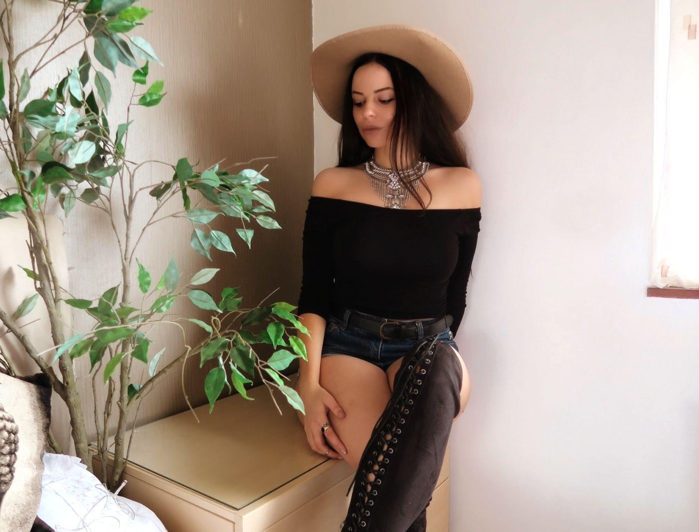 boho-fashion-blogger @ hayleyeszti