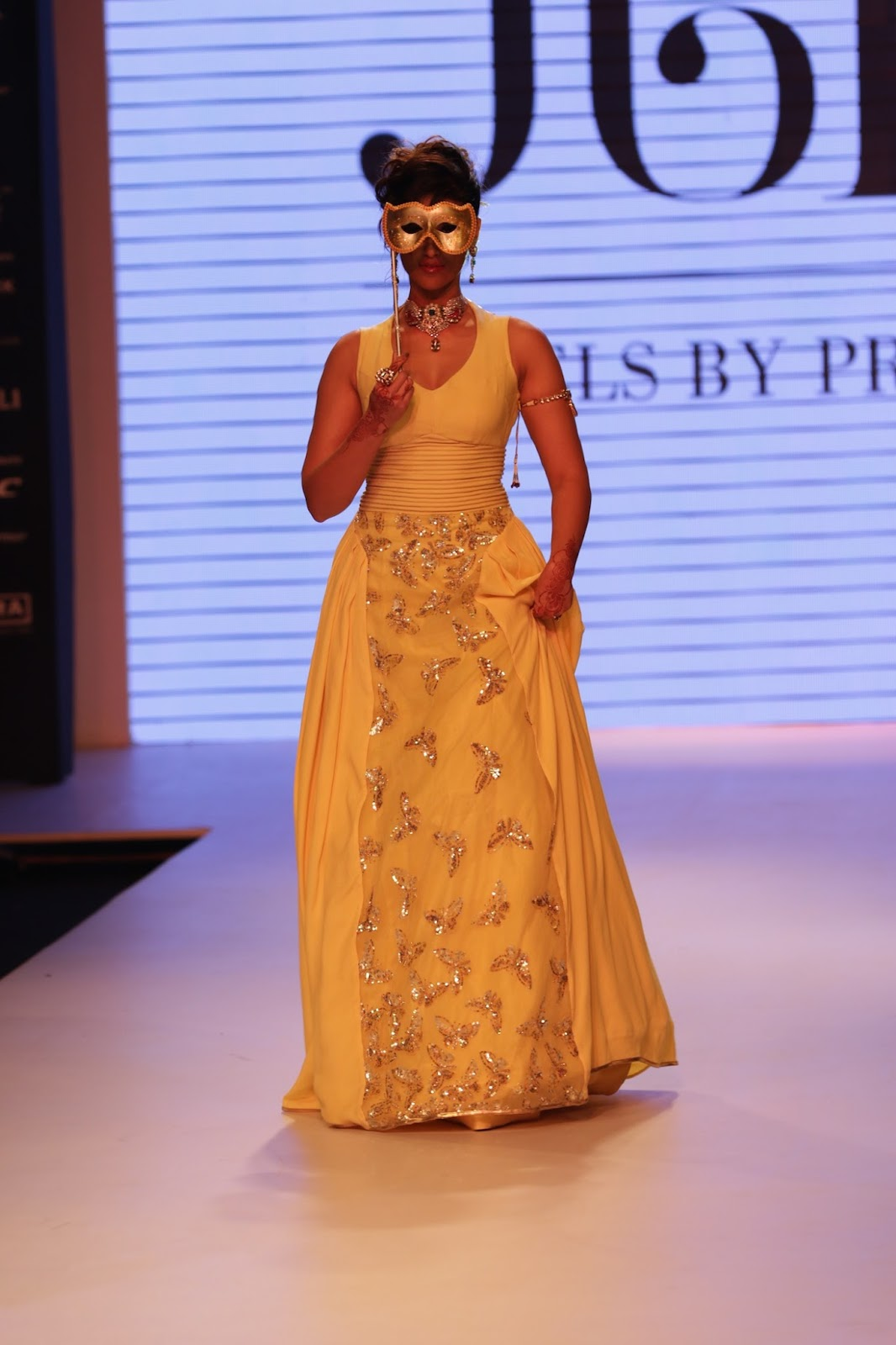 Ileana Ramp Walk Stills at IIJW 2015-HQ-Photo-10
