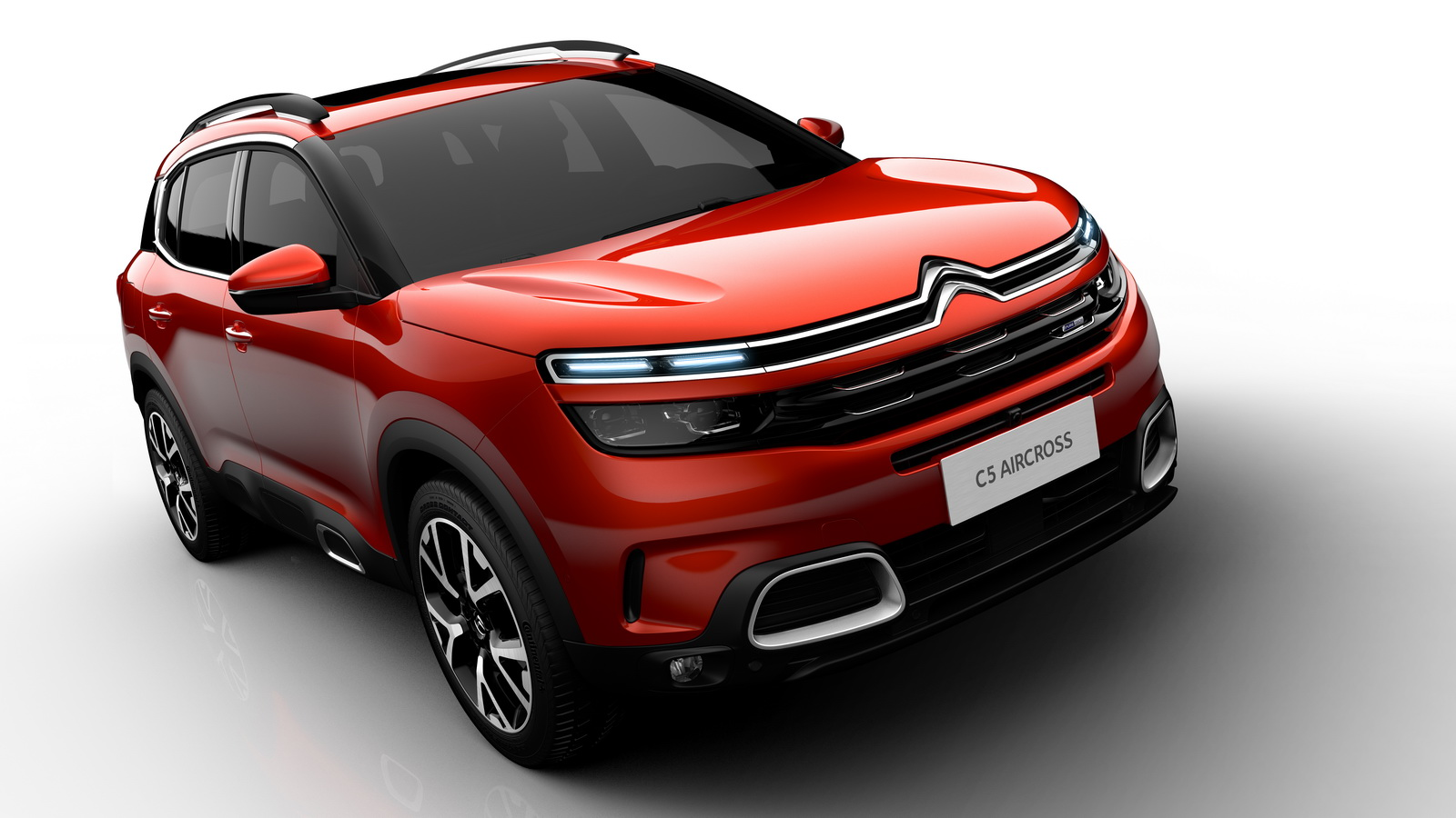 Citroen C5 Aircross >> 2018 Citroen C5 Aircross Officially Revealed, Gets Innovative Hydraulic Suspension | Carscoops