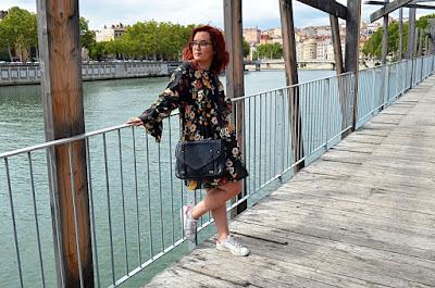 http://mllexceline.blogspot.fr/2017/08/back-to-school-une-rentree-en-robe.html