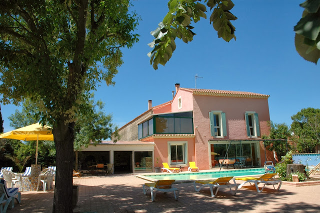 Villa-Rental-in-Languedoc-large-groups
