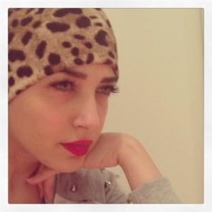 ساندي تعترف بسبب اعتزالها «زوجي بيهددني بنشر صوري الفاضحة» على الفيس بوك
