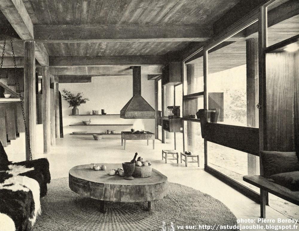 saint brevin les pins villa chupin andr wogenscky. Black Bedroom Furniture Sets. Home Design Ideas