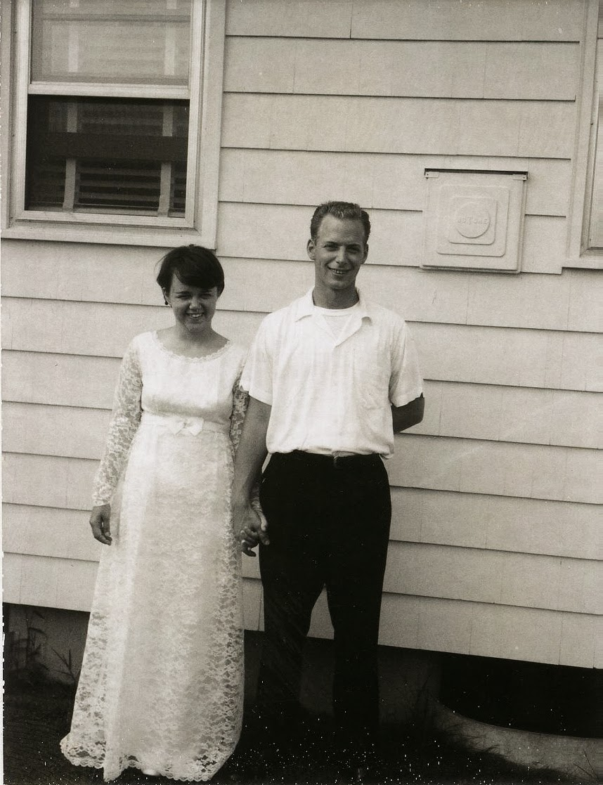 Adorable Real Vintage Wedding Photos From the 1960s ...  Retro