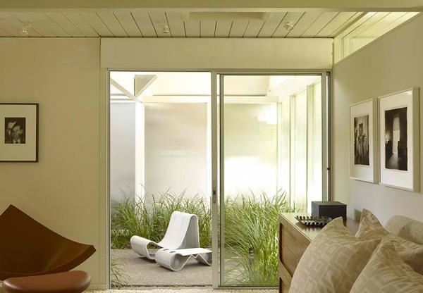 Pintu geser minimalis modern