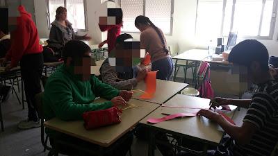 niños con TEA trabajando en aula ordinaria