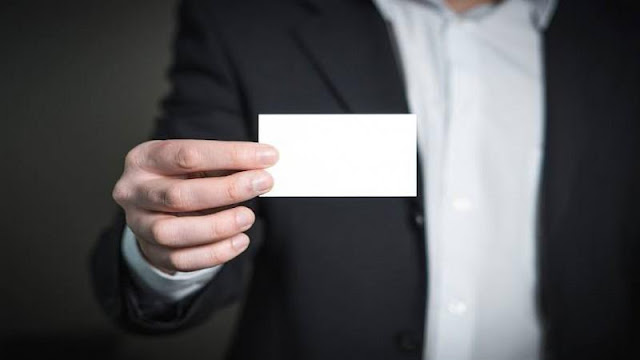 Discover Why Business Cards Are Here To Stay