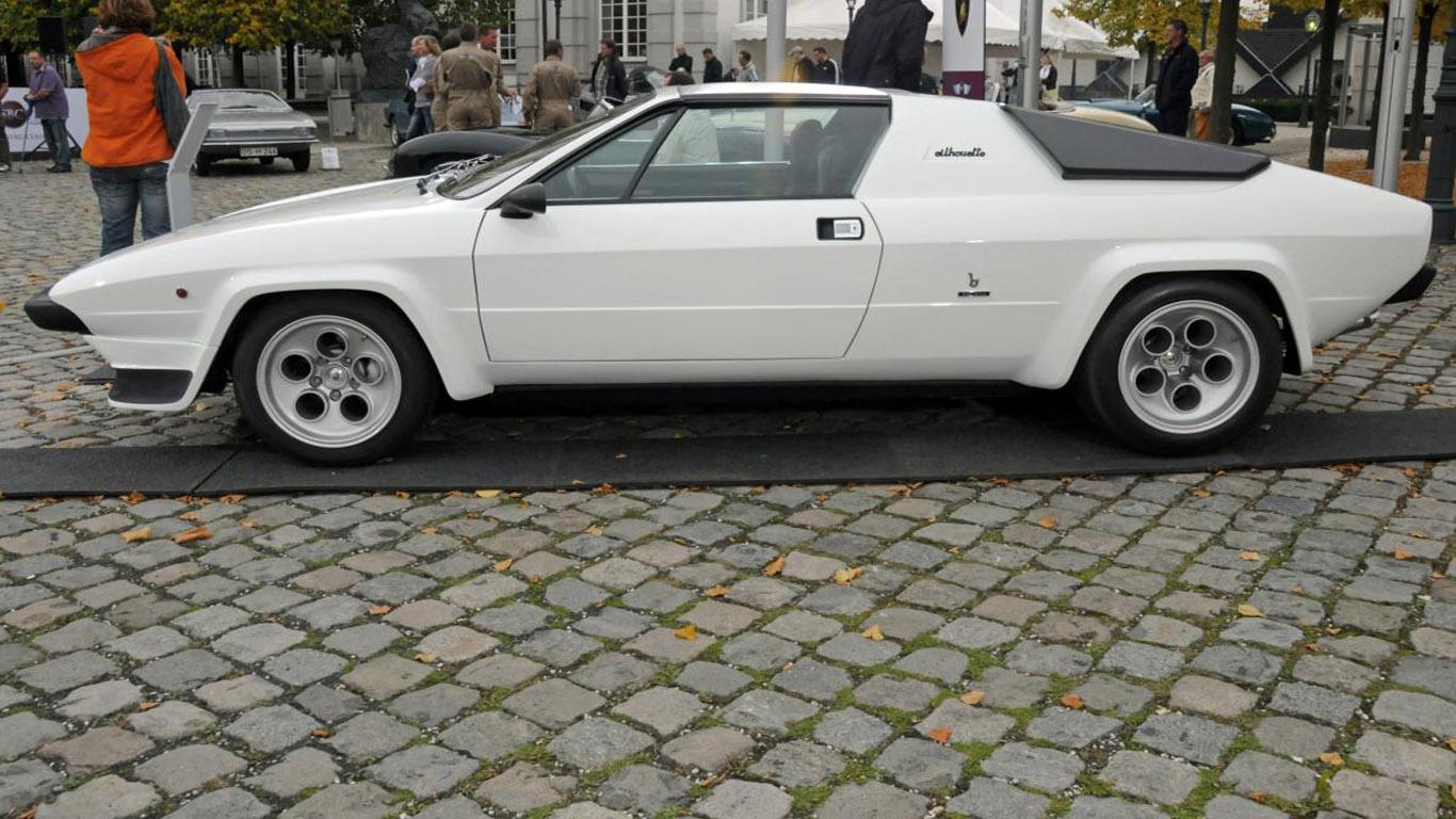 https://3.bp.blogspot.com/-4Q1l3SsMjJs/UZ8d728PS7I/AAAAAAAAA60/JmWs_fCUyvU/s1600/DFC-Lamborghini+Silhouette1.jpg