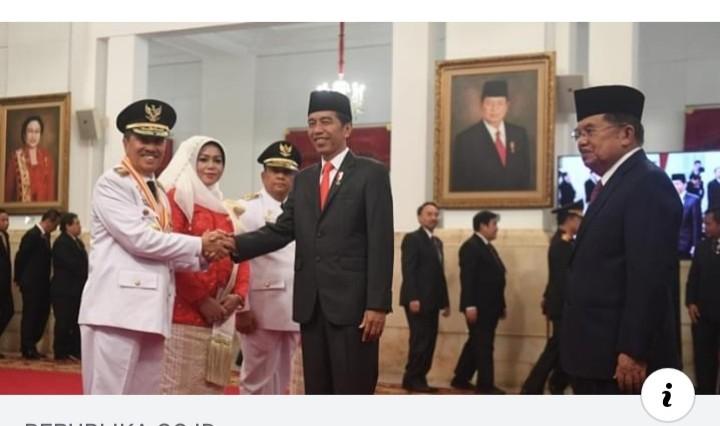 Gubernur Riau Dukung Jokowi, Argumen Netizen Telak dan Cerdas