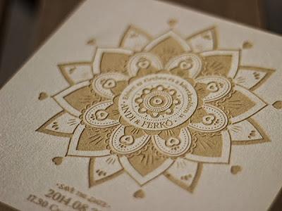 tarjeta con relieve bodas