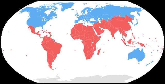 Ilustrasi Persebaran Negara Maju (Biru) dan Negara Berkembang (Merah)