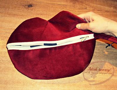Red Lips Bag - całuśna kopertówka w kształcie ust