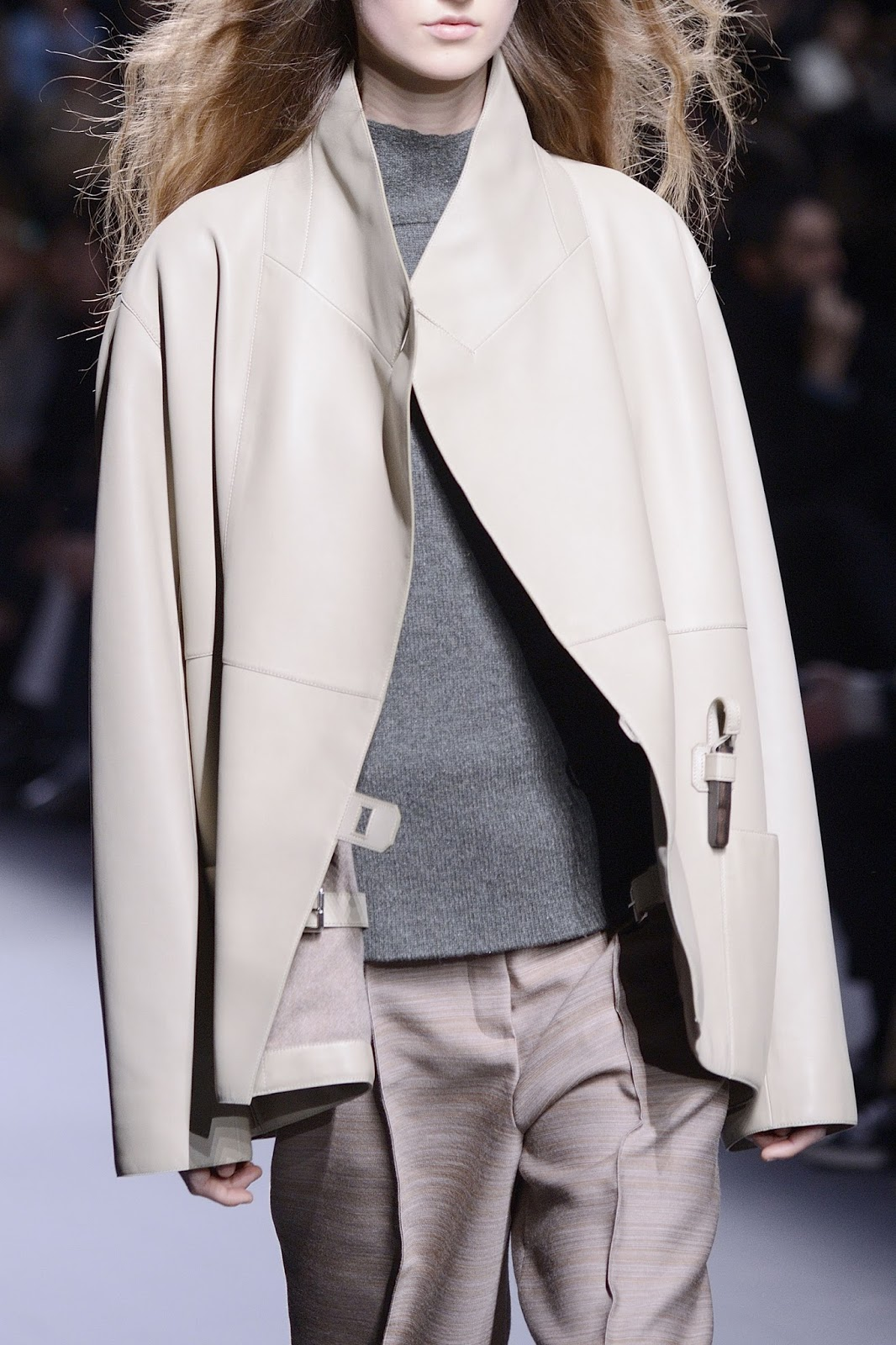 Review, runway looks and details of Hermes Fall/Winter 2016 collection from Paris fashion week via www.fashionedbylove.co.uk British fashion blog