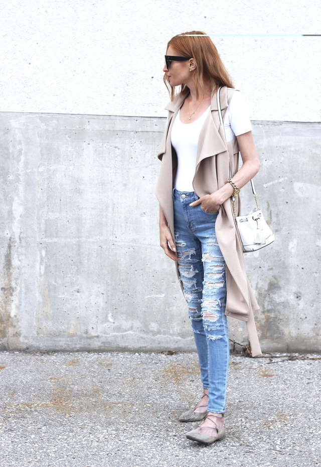 American Eagle distressed denim, white scoop neck jumpsuit, nude vest, snakeskin flats