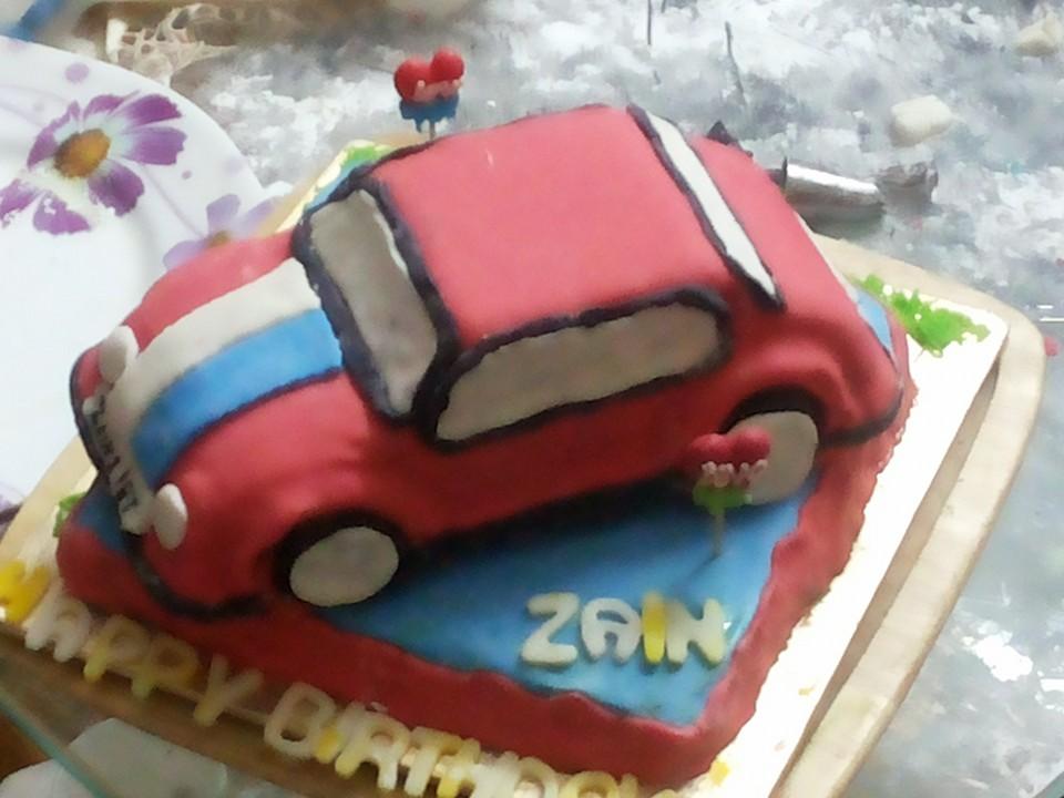 Kanwal S Kitchen Blog Fondant Car Cake