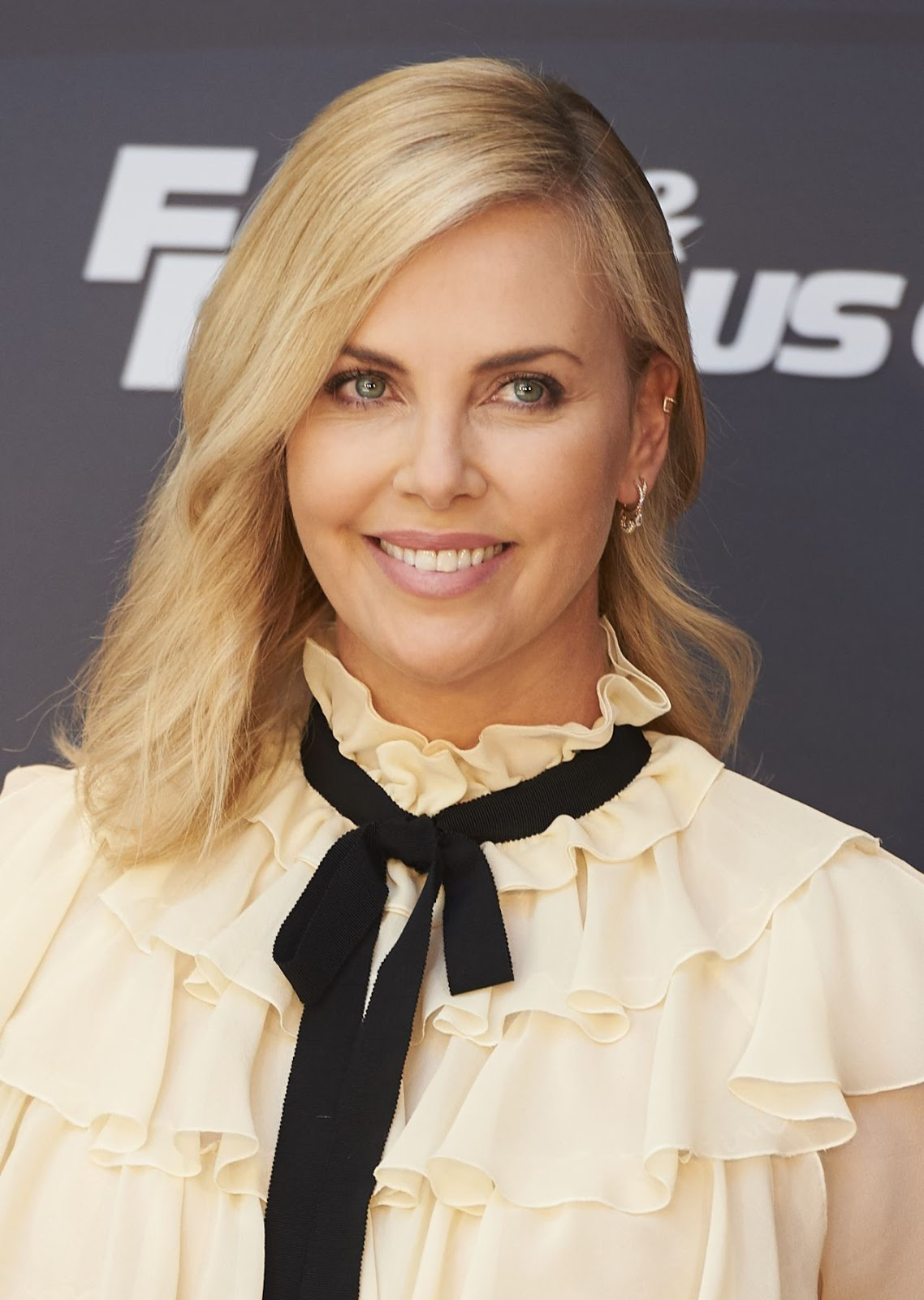 charlize theron - photo #43