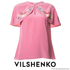 Princess Madeleine wore Vilshenko Cape T-shirt