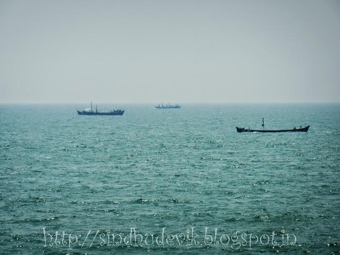 Ships in the Arabian Sea @ Maravanthe Beach