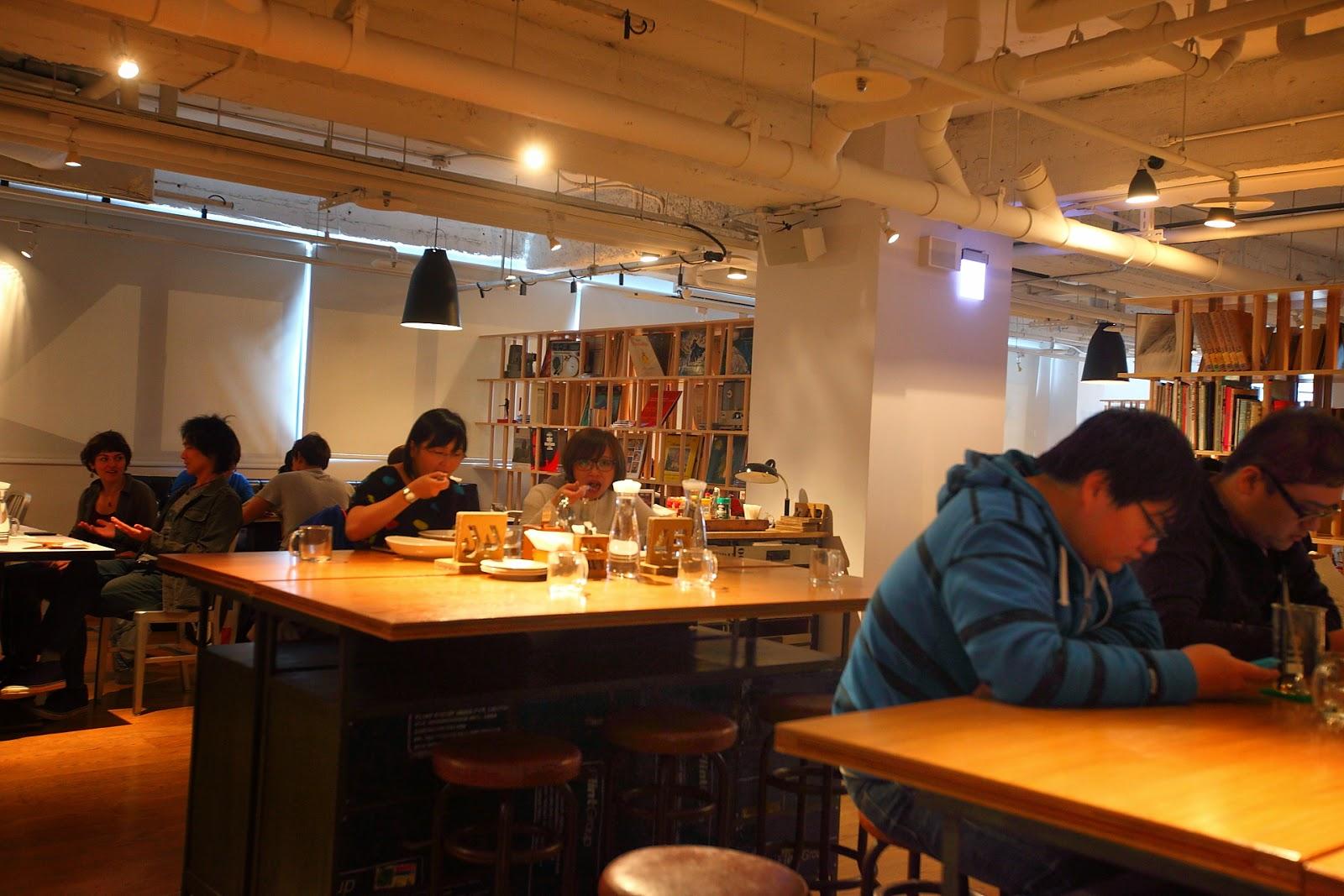 七月的遊樂園: [食記] 臺北-西門。amba意舍-吃吧
