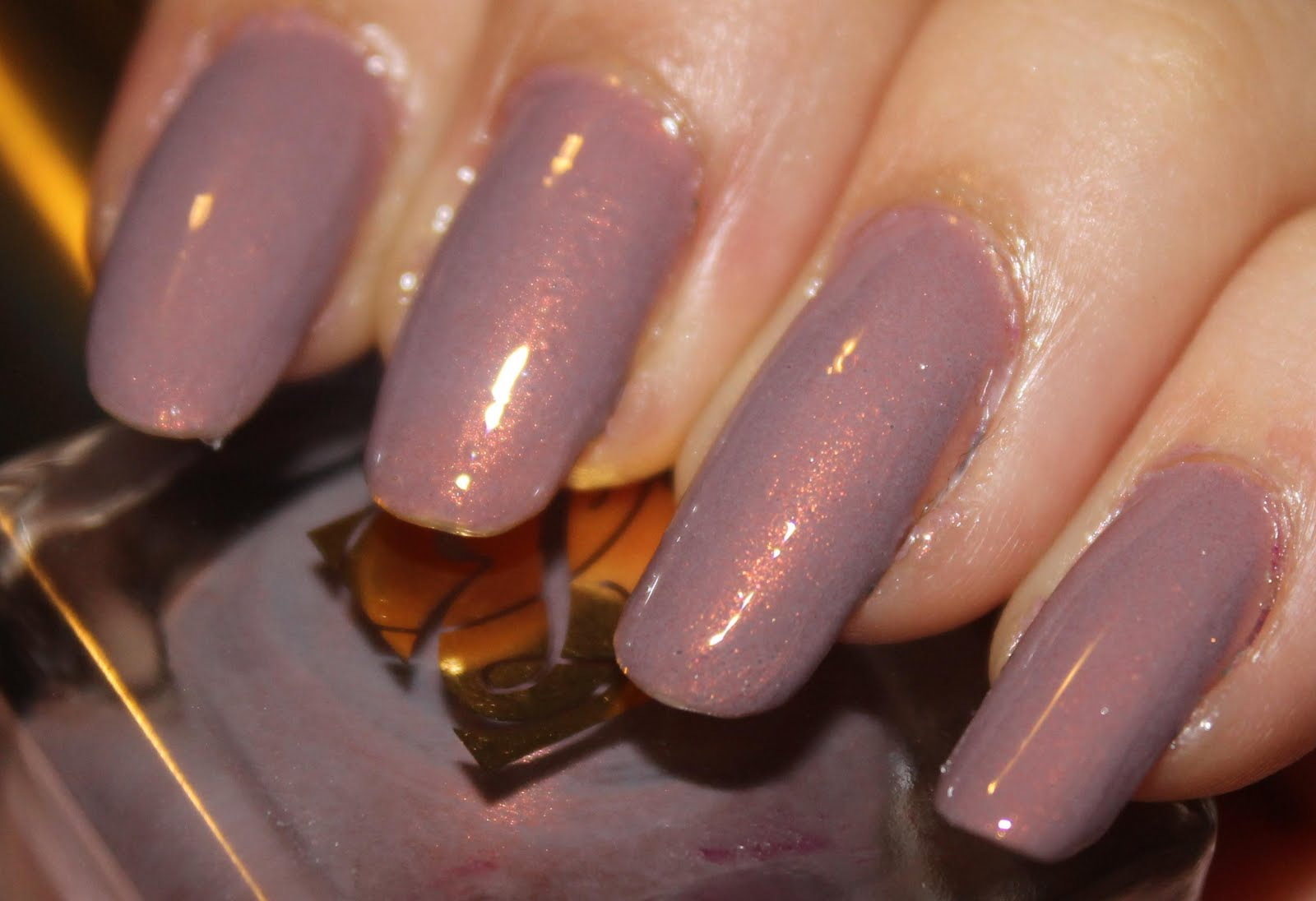 The Dark Side of Beauty: Estee Lauder \'Surreal Violet \' Nail Lacquer