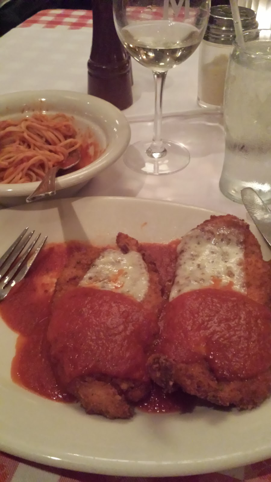 Nasty Food at Maggiano's Little Italy