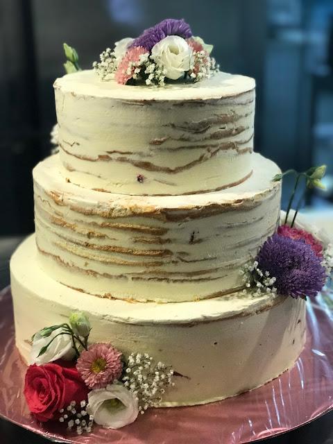 Semi Nake Cake Konditorei Krönner, Hochzeit, , Riessersee Hotel, Garmisch-Partenkirchen, Bayern, Vintage, Rosen, Schleierkraut, Rosa, Pink, See und Berge