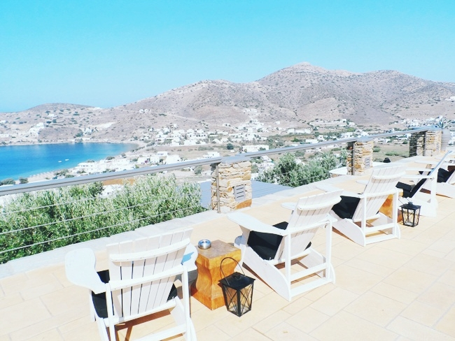 luxury and honeymoon hotels in Greece