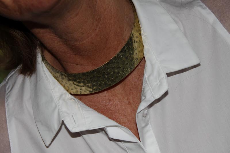 2 on plateaus: Weisse Hemden