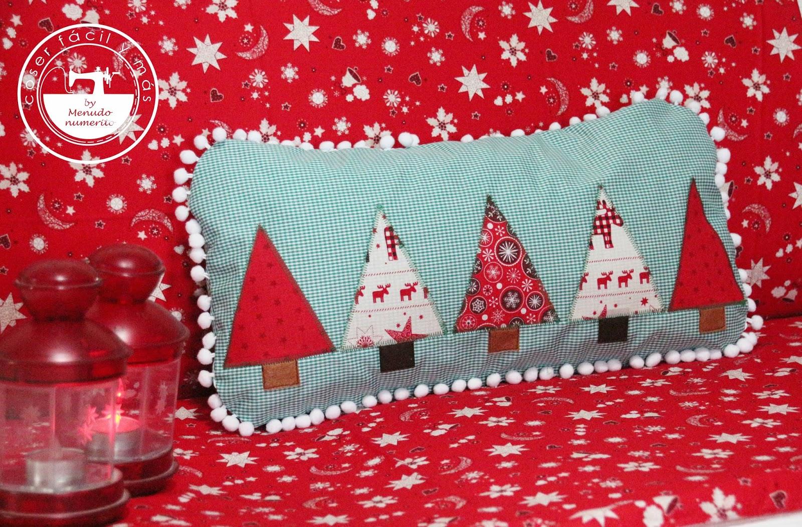 Cojines Navidad Manualidades.Ideas Para Navidad Cojin Con Aplicaciones En Tela Handbox