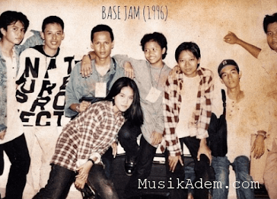 Download Lagu Base Jam Mp3 Free