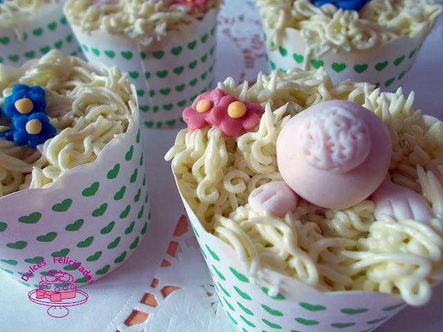 Cupcakes de manzana con conejito para Pascua