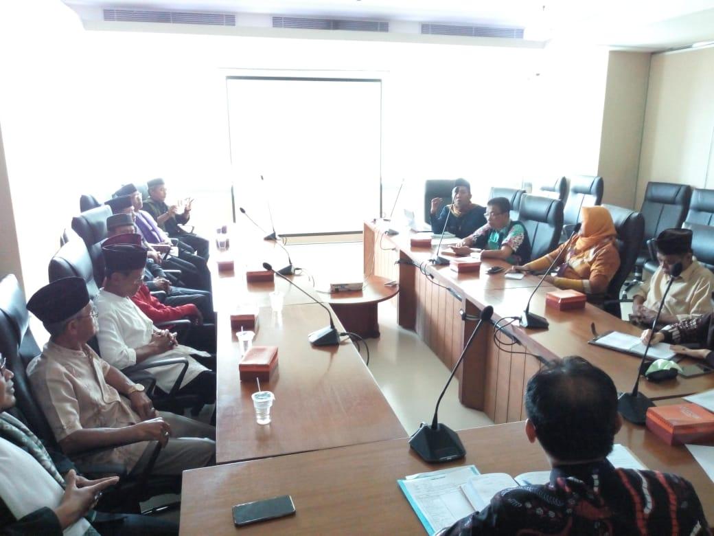 Keluarga Besar Kampung Silat Beksi Petukangan Audiensi Di Balaikota
