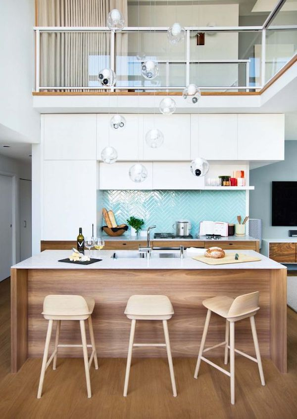 kuchnia, skandynawska, biała, white, wyspa, kolorowa, drewno