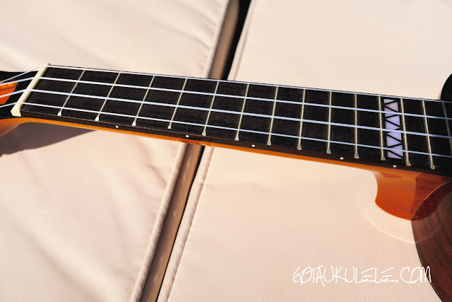 Mr Mai M-M80 Concert Ukulele neck