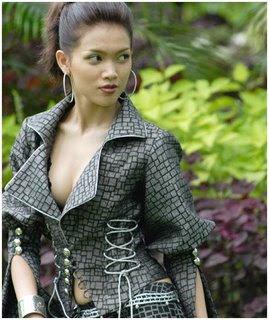 MoeKyaShweKo, Beautiful Girls: Aye Myat Thu (ေအးျမတ္သူ)