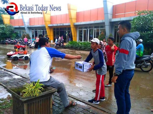 Pemuda Peduli Sukamekar Galang Donasi Bantu Rumah Rusak
