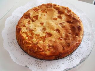 tarta de manzana con crema de almendra al natural
