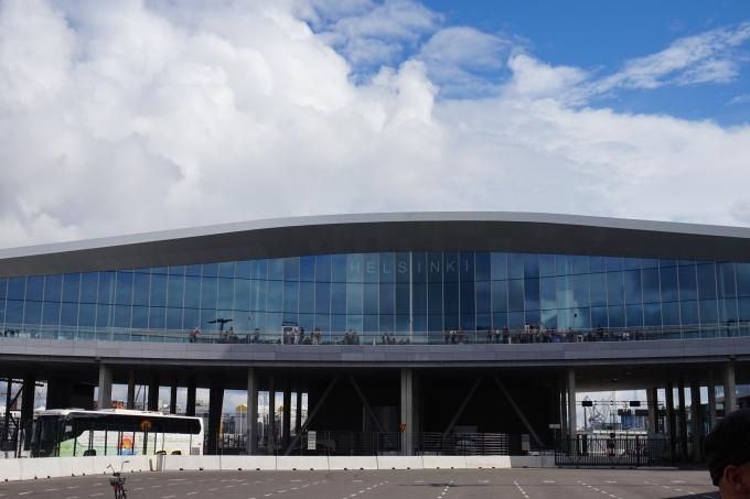 Tallinnaan rantalomalle omilla pyörillä- Stroomin ranta on hyvä lapsiperheelle / Länsisatama 2 ja Megastar