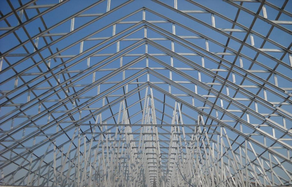 rangka baja ringan bali renovasi atap