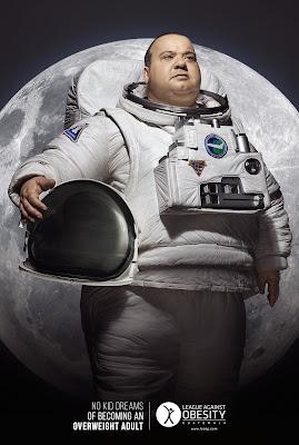 campaña obesidad astronauta pasado de kilos