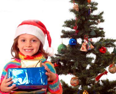 Bambini Che Scartano I Regali Di Natale.La Bussola Impazzita Regali Di Natale
