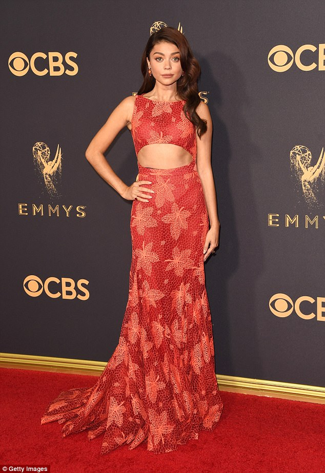 Sarah Hyland bares toned midriff at the 2017 Emmy Awards
