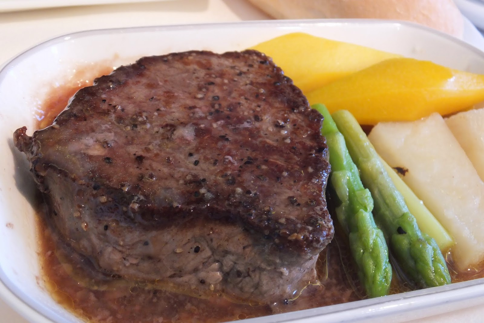Jal-businessclass-flight-meal-steak