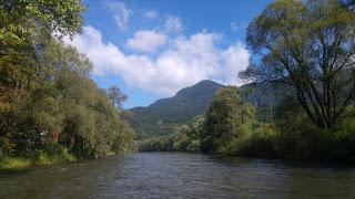 שיט על נהר Vah